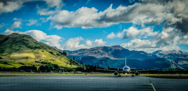 New-Zealand---Airplane-and-mountains---530744933