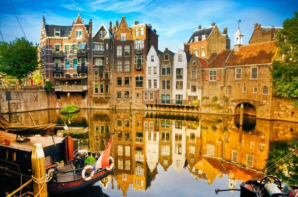 Netherlands---Rotterdam-old-town---171347900